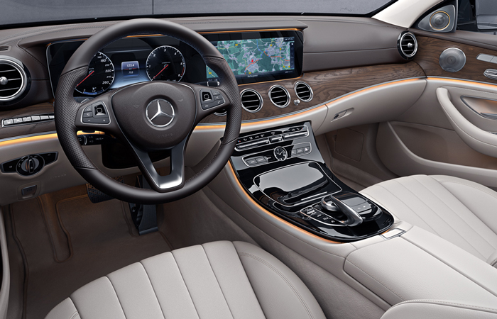 mercedes_benz_business_solutions_e_klasse_stationcar_700x450_03