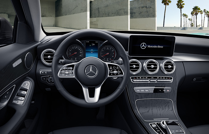 mercedes_benz_business_solutions_ny_c_klasse_stationcar_700x450_04